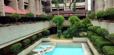 Yulo Plaza 99343
